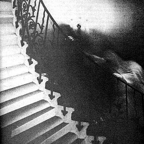 ghost_on_stairs_lg-57c74ae55f9b5829f47ec990